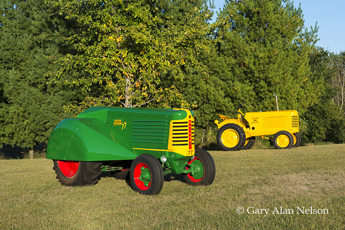 antique tractors,oliver, 77 orchard, 66 standard, photo