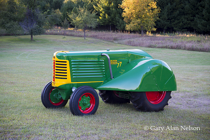 antique tractors,oliver,77 orchard, photo
