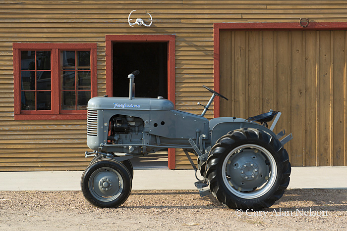 Ferguson,antique tractor, photo