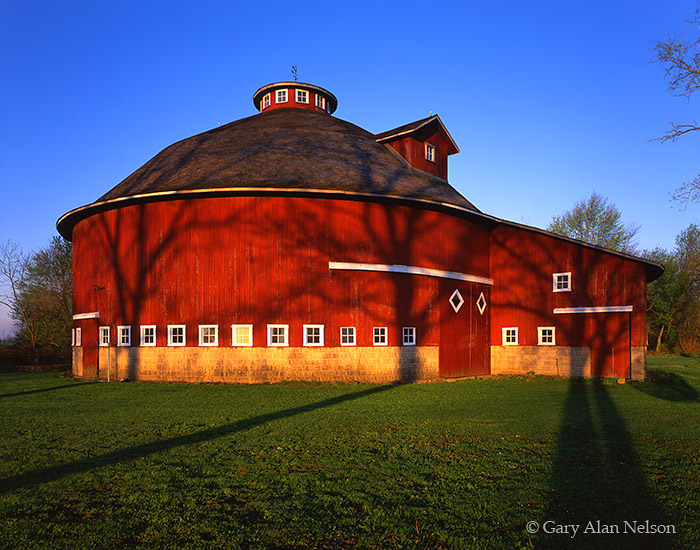 barn, round barn, indiana, tree shadows, photo