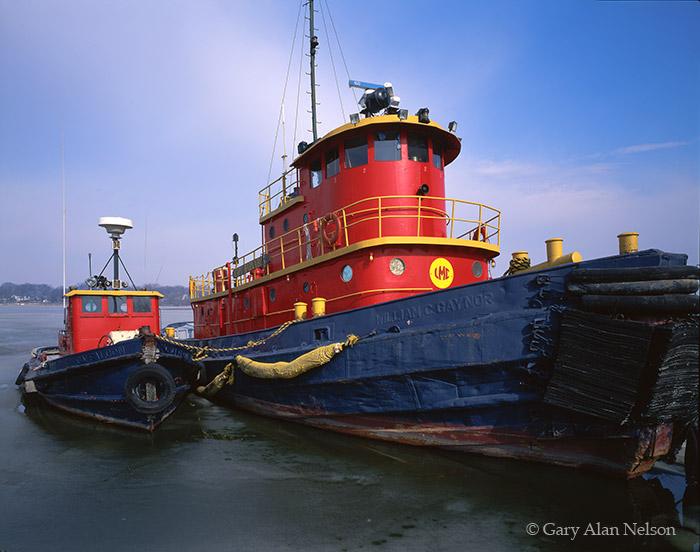 tugboats, lake michigan, michigan, ice, photo