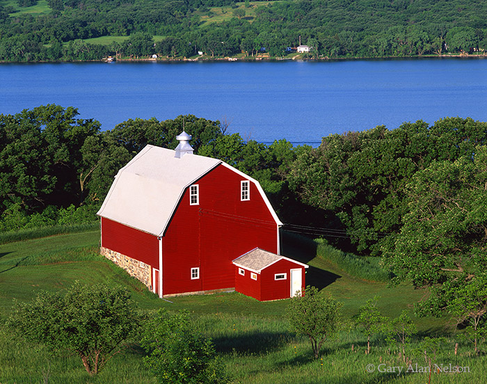 minnesota, soouth dakota, barn, lake, photo