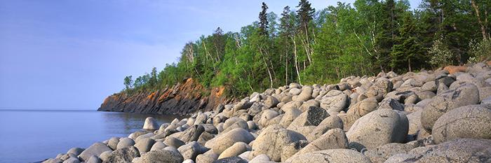 split rock, cobble beach, split rock lighthouse state park, photo