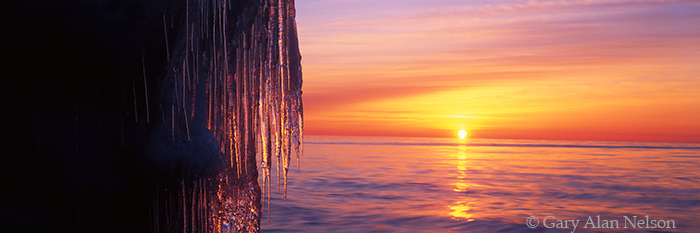 minnesota, lake superior, icicles, photo