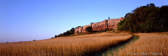 cliffs, blue mounds, minnesota, photo