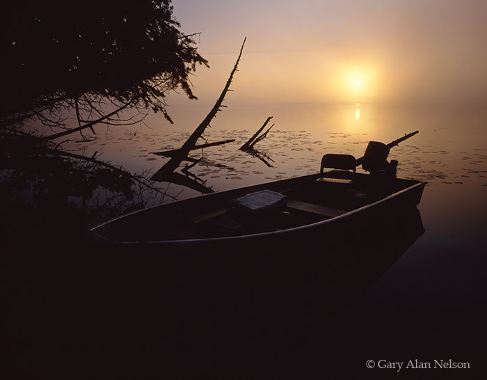 minnesota, lake, sunrise, fog, fishing boat, photo