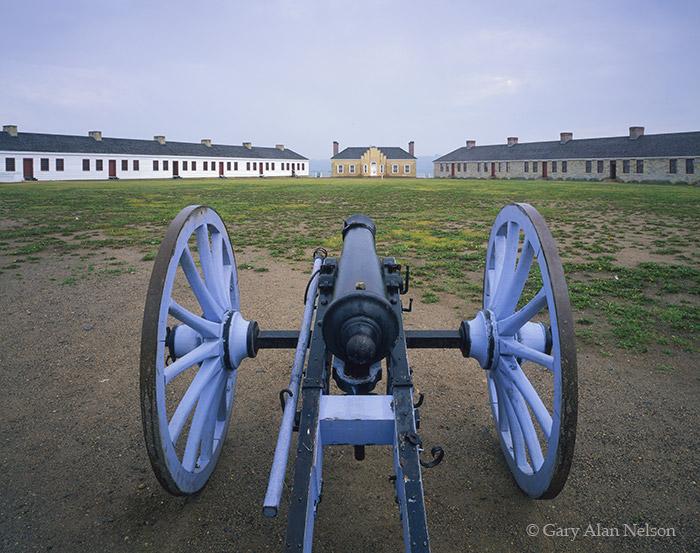 minnesota, fort snelling, fort, barracks,, photo