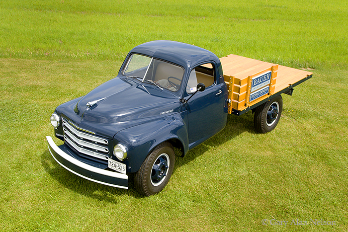 1949 Studebaker, One-ton flatbed, photo