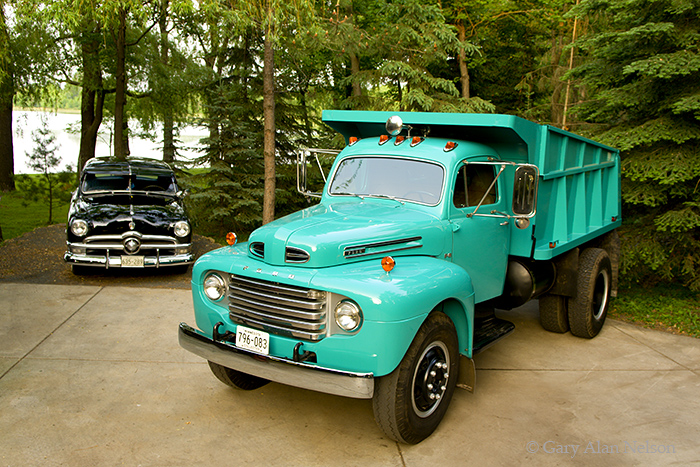 1950 Ford F 8 Dump Truck And A 1950 Ford Vt 07 70 Fo