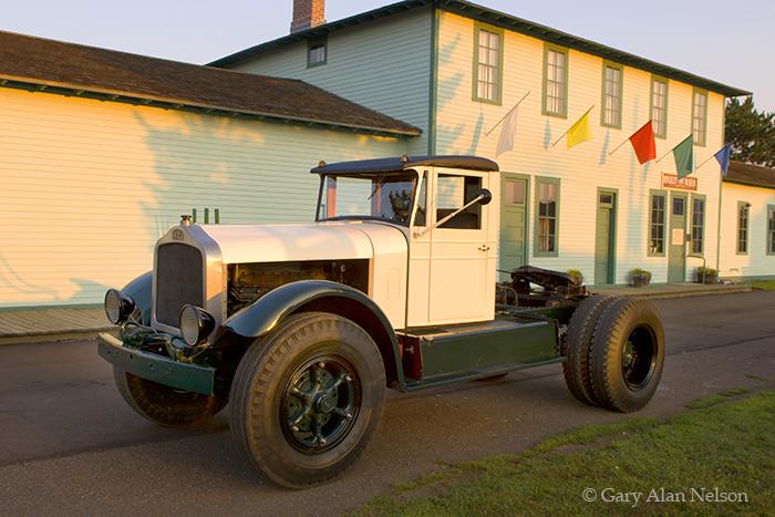 1932 White 643, photo