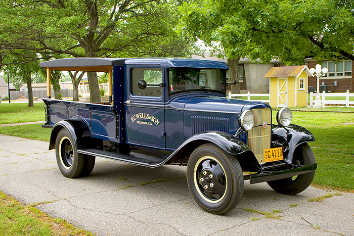 1932 Ford BB,Ford, antique truck, vintage trucks, photo