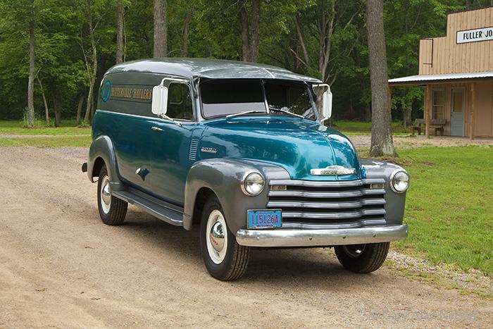 1952 Chevrolet one-ton panel van, photo