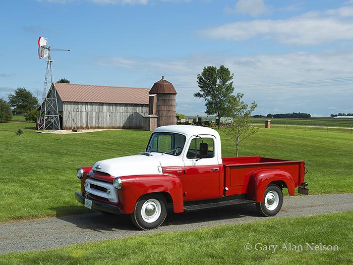 antique truck, vintage truck, international, photo