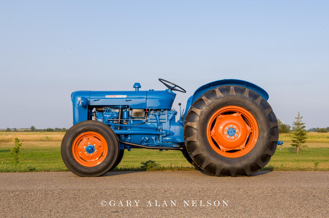 1957-59 Fordson Dexta>