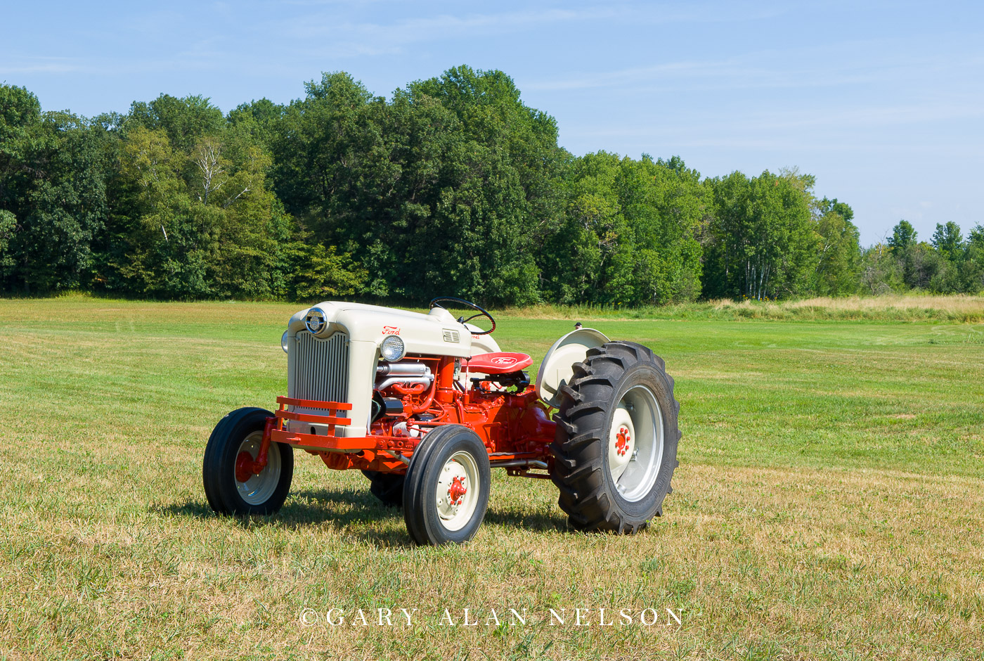 1955 Ford Series 800 tractor