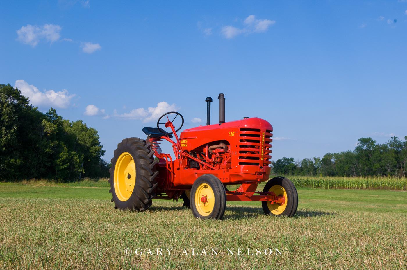 Massey-Harris, tractor, photo