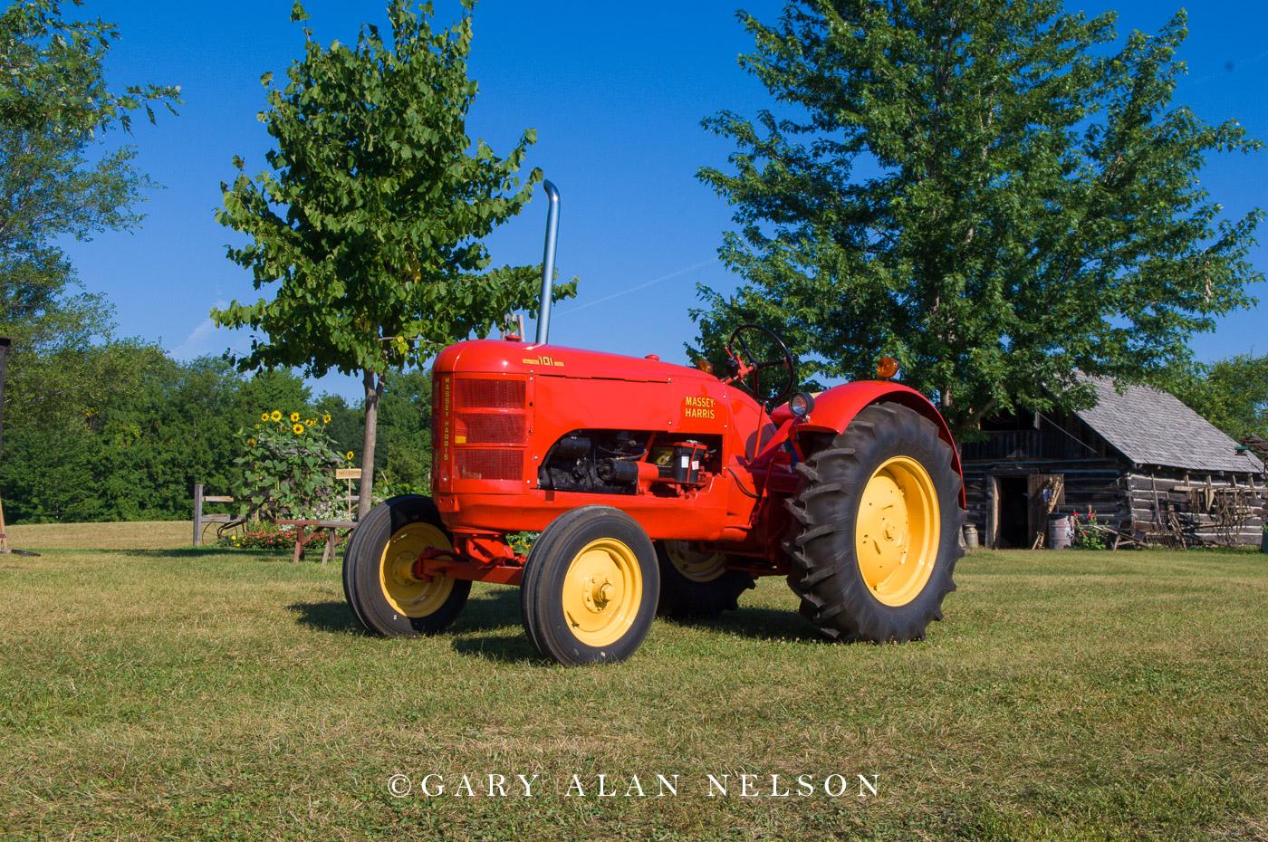 1940 Massey-Harris 101 Junior Standard