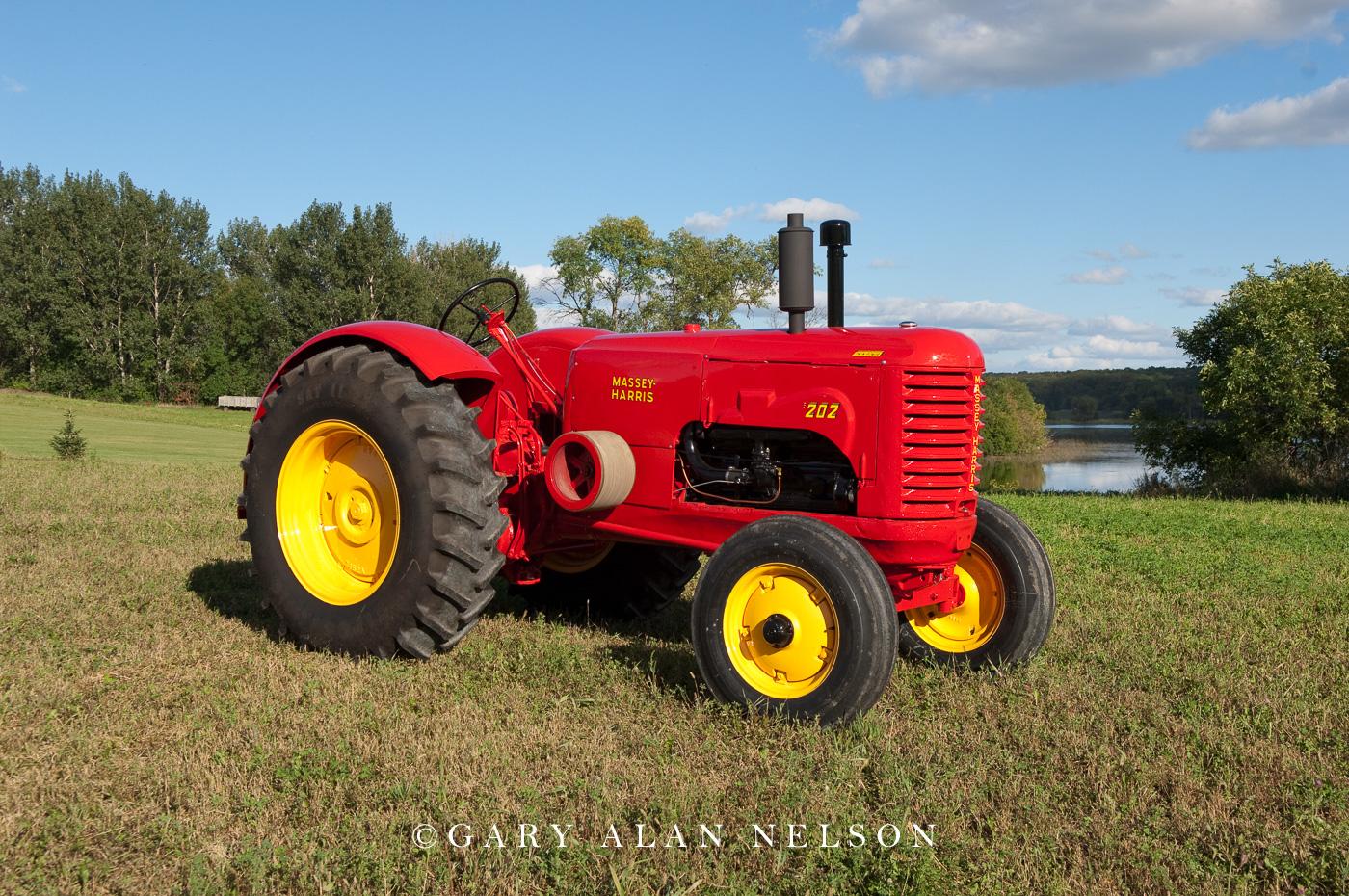 Massey-Harris, antique tractor, massey harris, tractor, photo