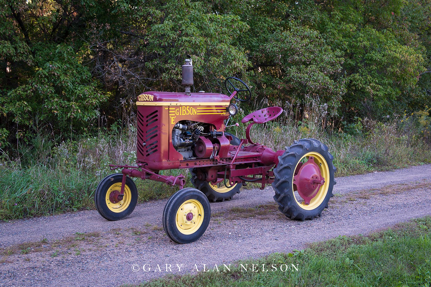 Gibson, antique tractor, photo