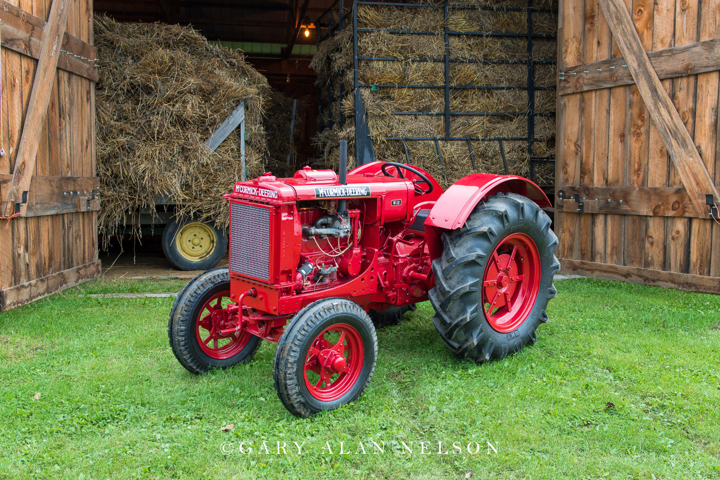 McCormick-Deering, antique tractor, photo