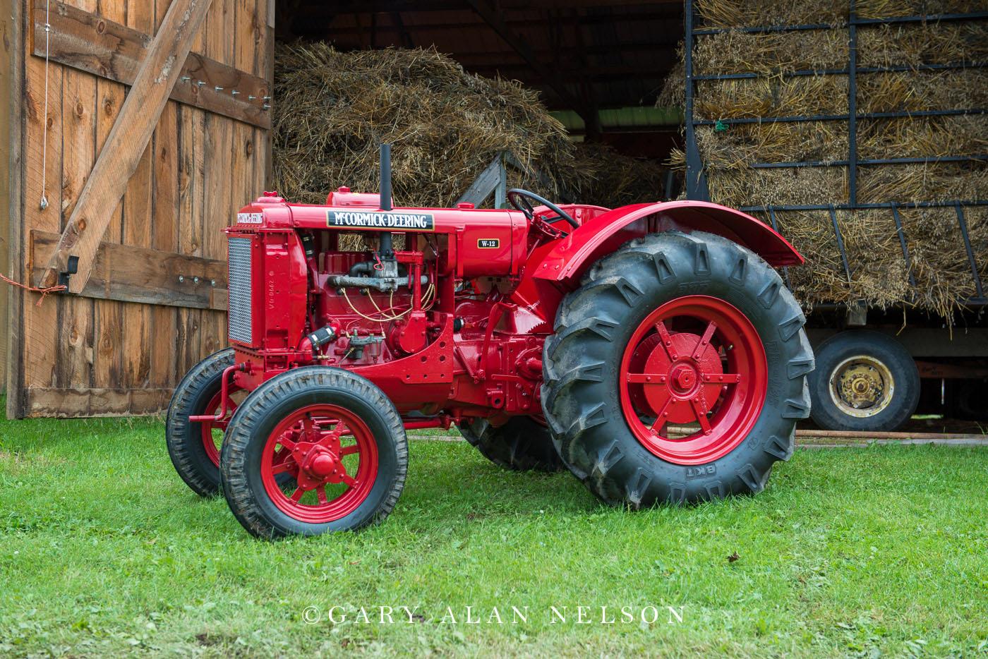 McCormick-Deering, antique tractor, photo