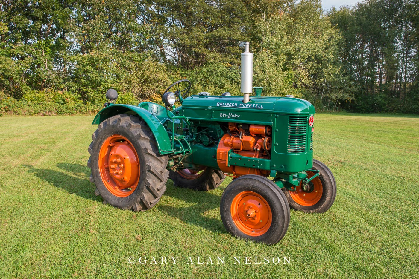 antique tractor, Bolinder-Munktell , photo