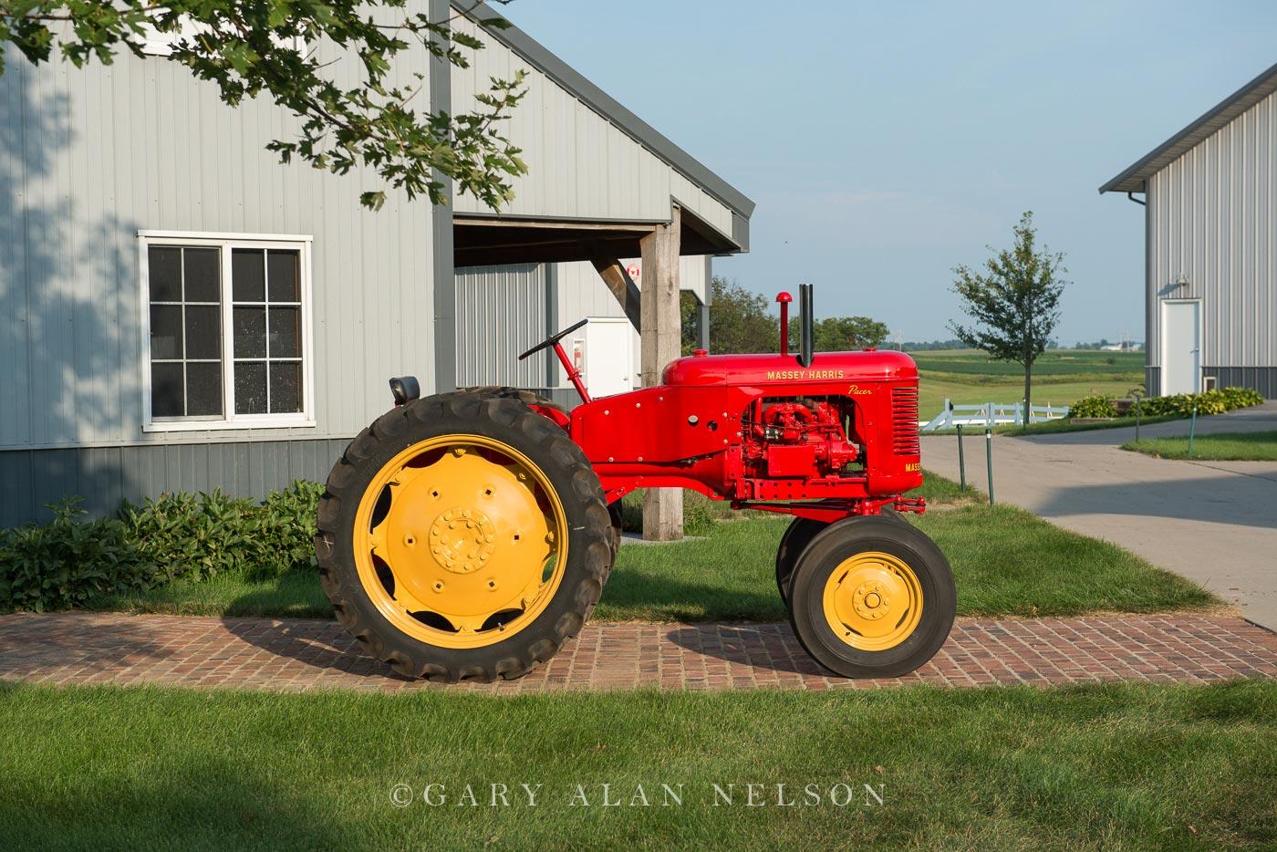antique tractor, Massey-Harris, photo