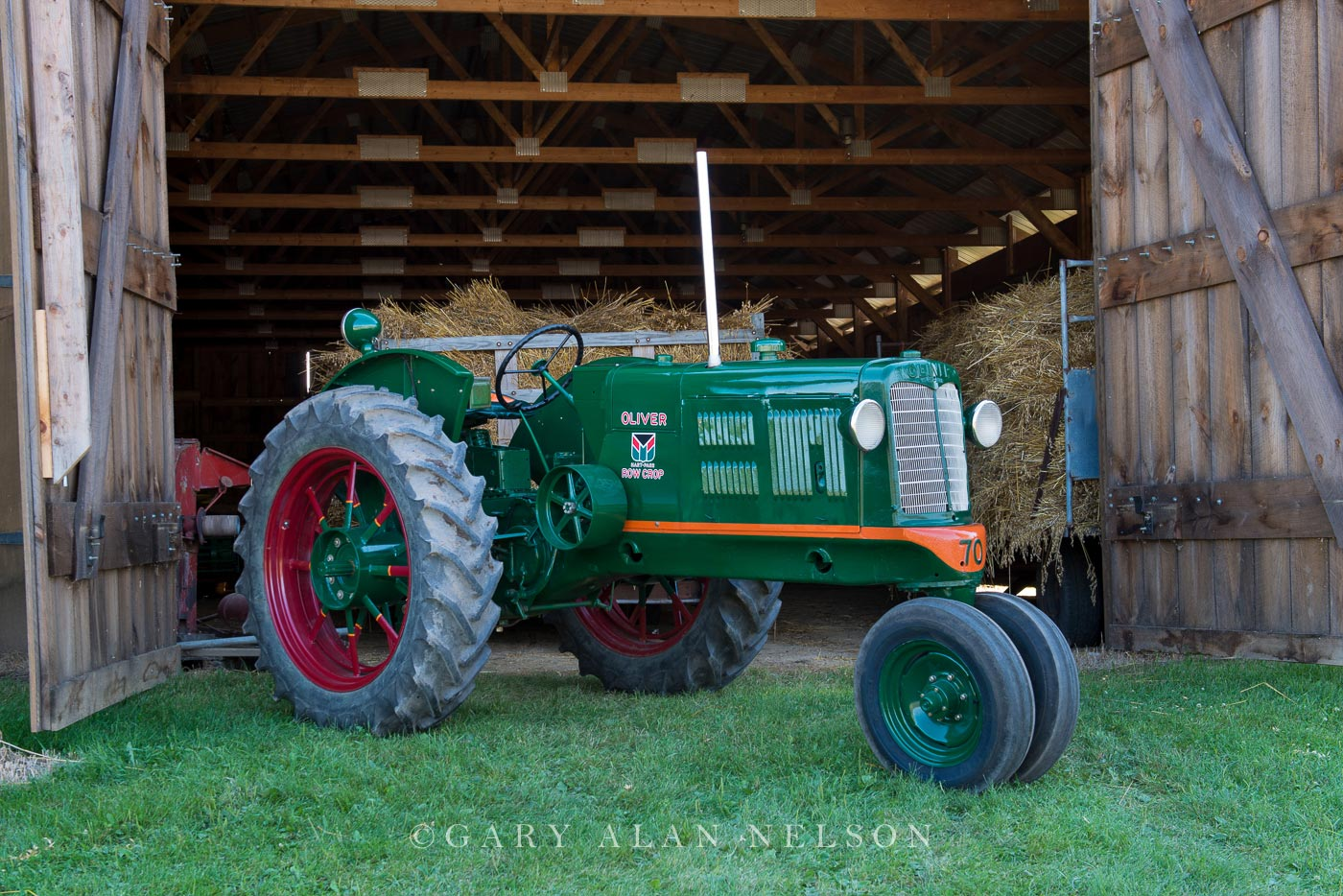 oliver, antique tractor, photo
