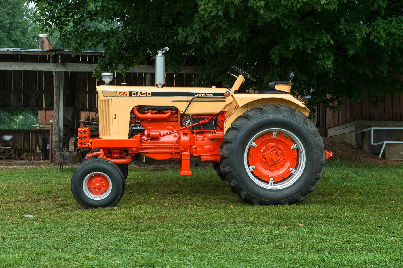 1968 Case Model 830