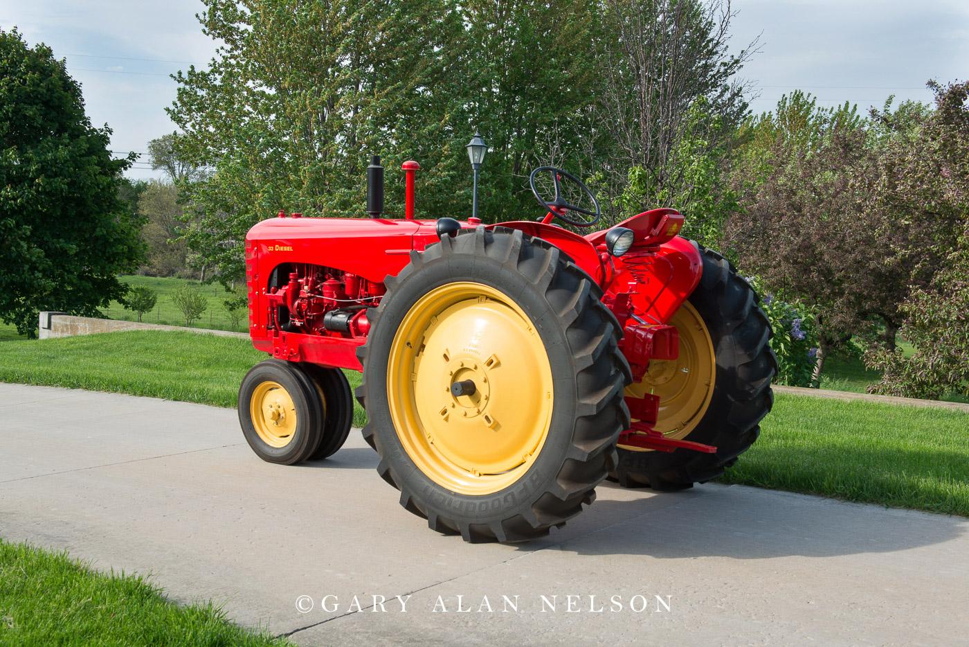 Massey-Harris, antique tractor, vintage tractor, photo