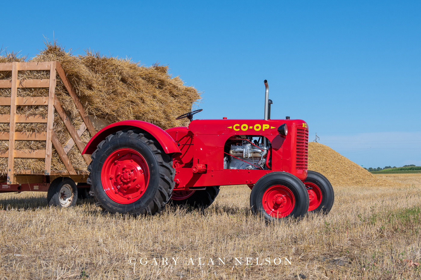 Co-Op, antique tractor, photo