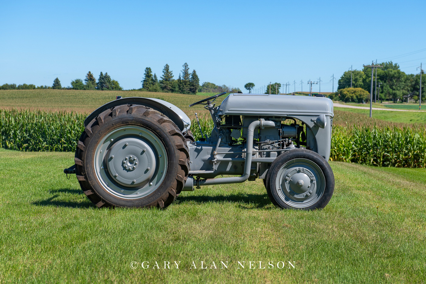 1947 Ford 2N with French CLM diesel engine