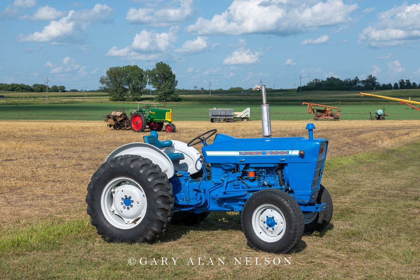 Ford, antique tractor, photo