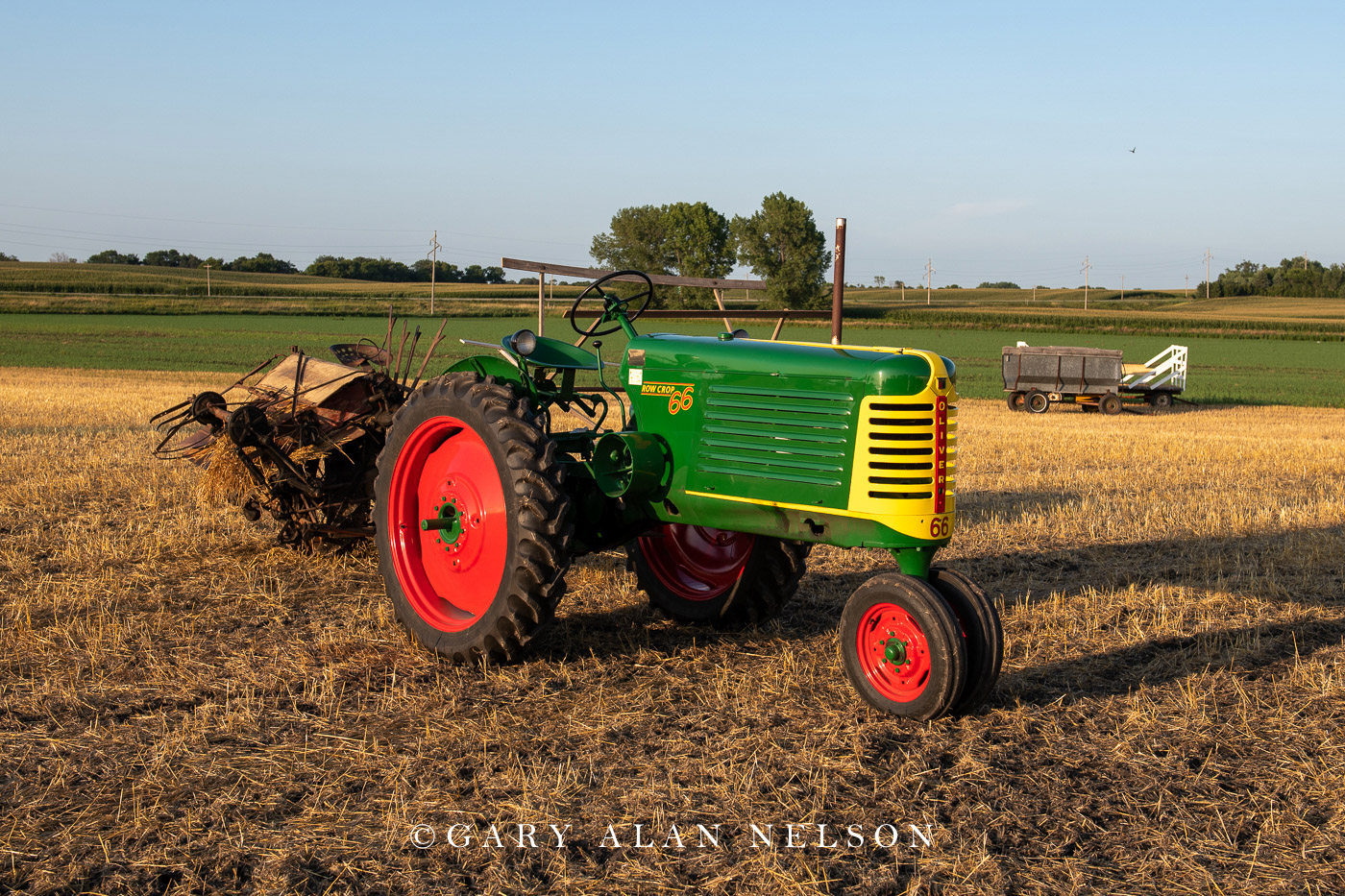 antique tractor, oliver, photo