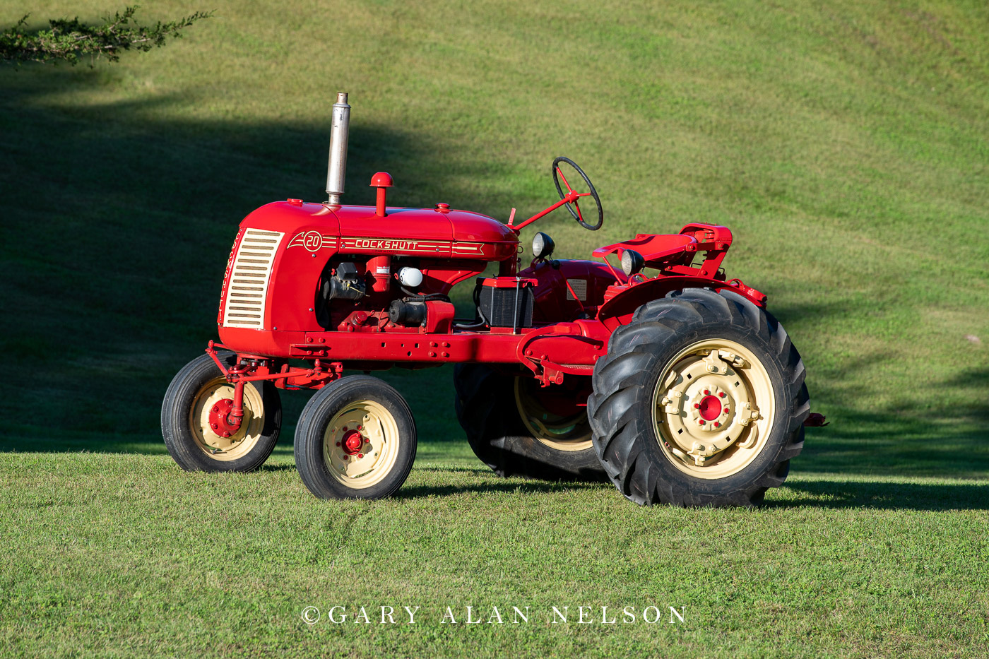 Cockshutt, antique tractor, antique tractors, vintage tractors, photo