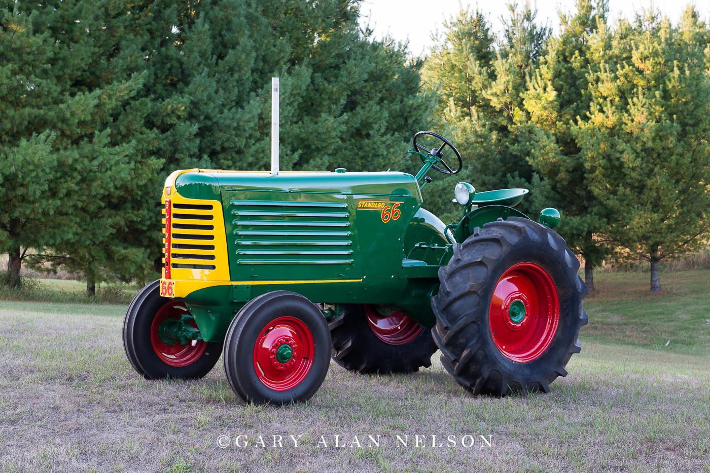 1949 Oliver 66 Standard