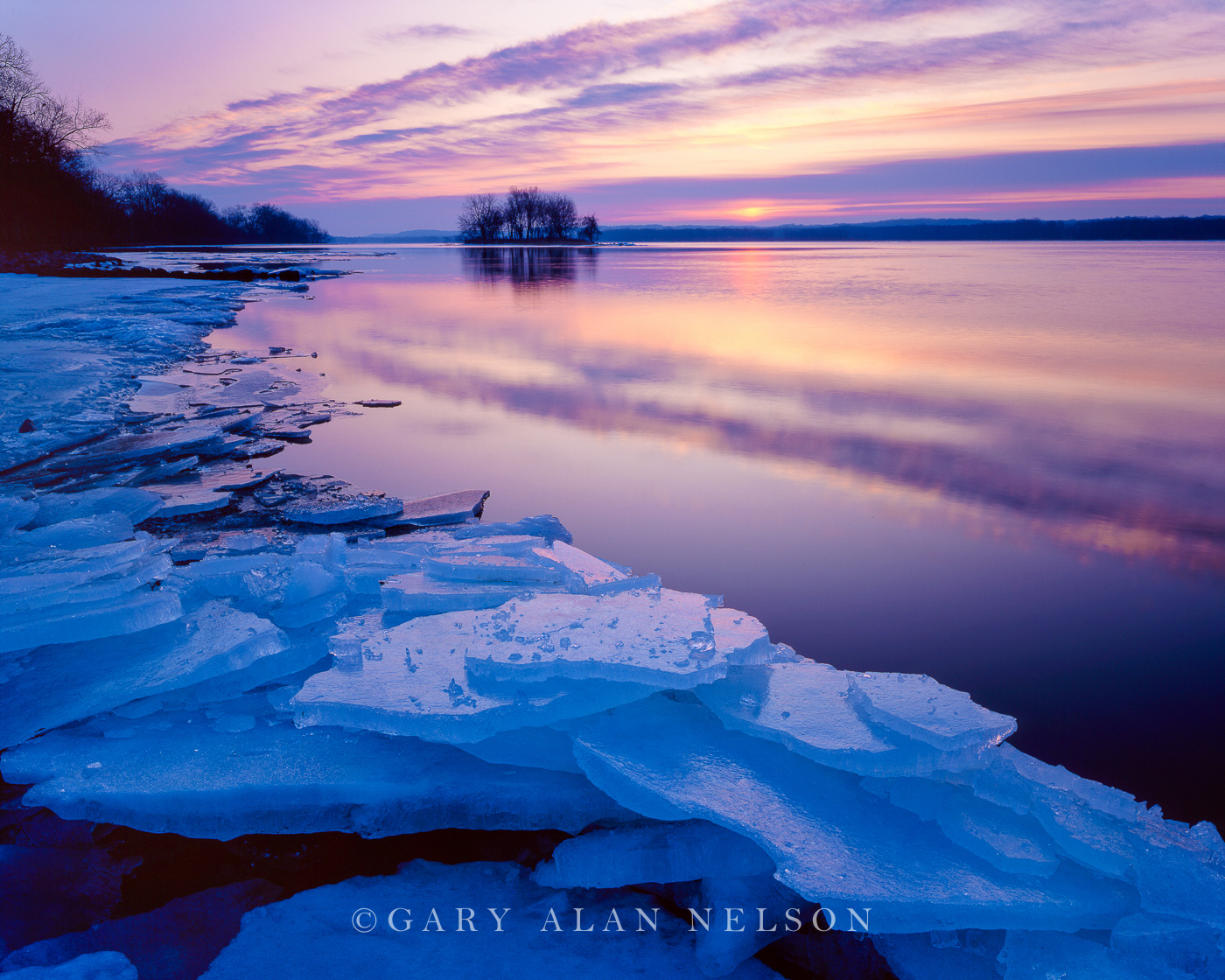 Fairport State Park, Iowa, mississippi river, ice, photo