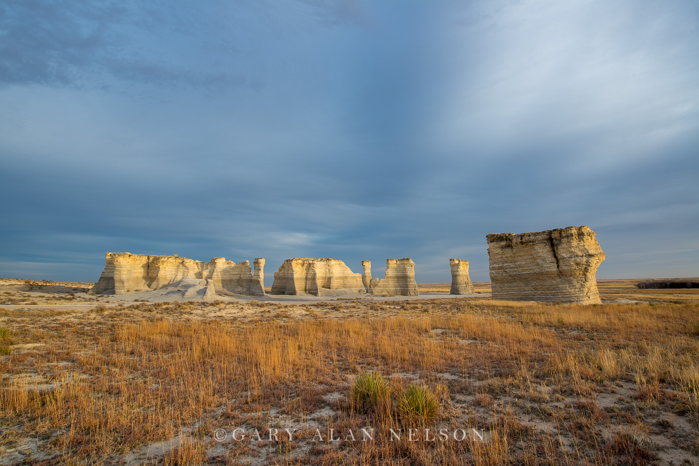 monument rocks, kansas, prairie, national monument, sky, photo