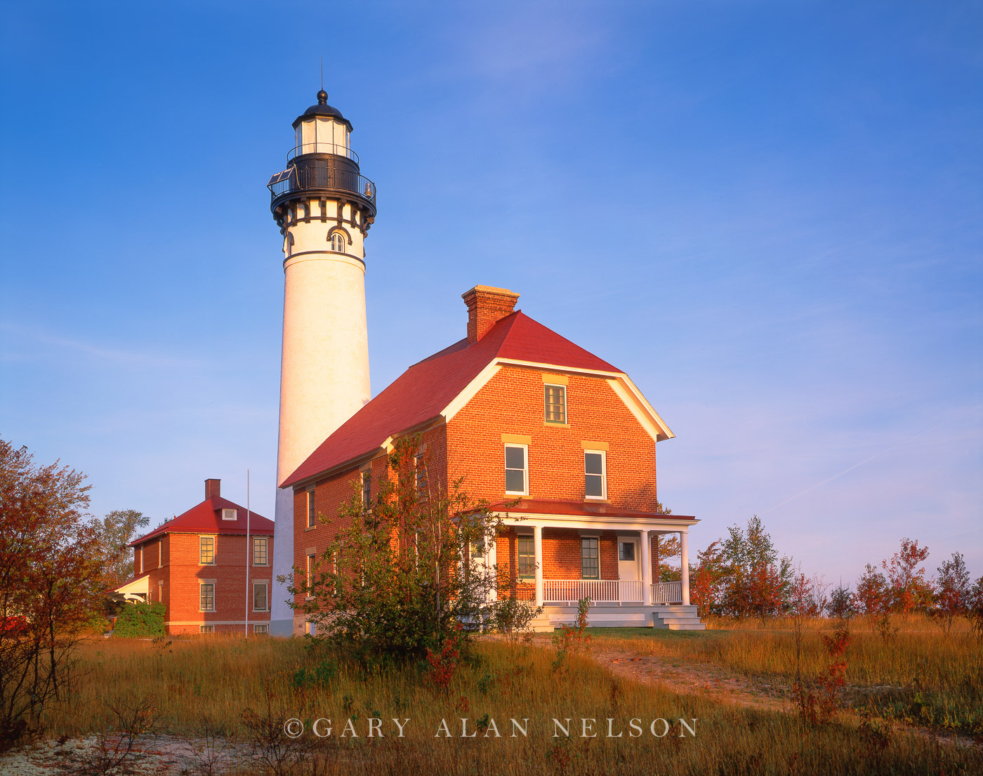 Michigan,lighthouse,national lakeshore, light station, lake superior, photo