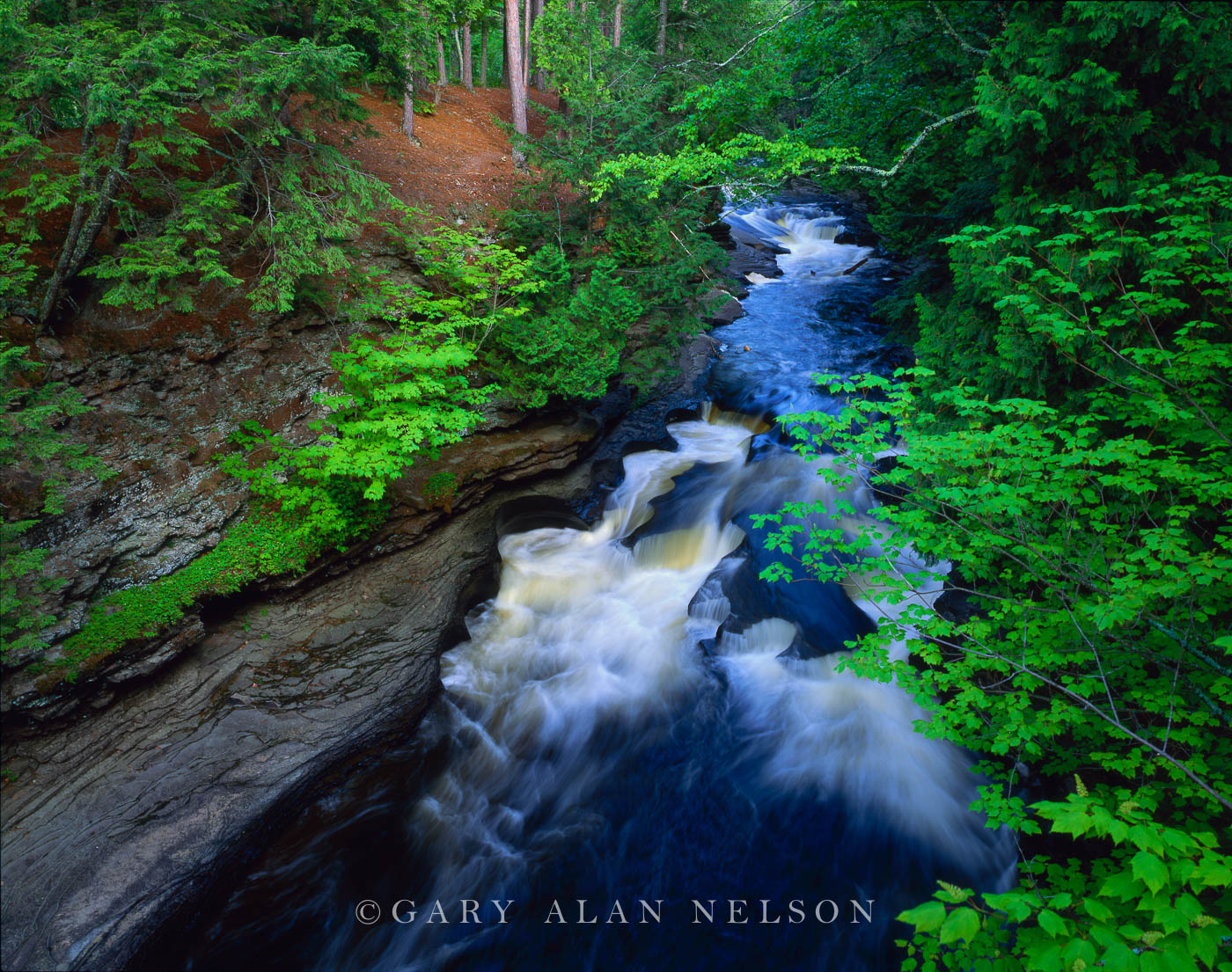 Porcupine Mountains State Park, Michigan, presque isle river, photo