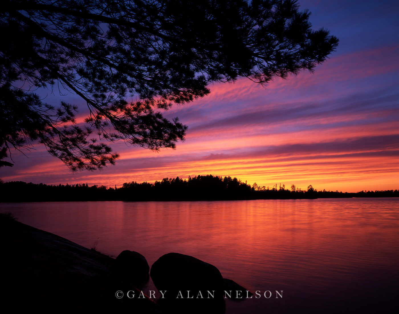 boundary waters canoe area,lake,minnesota, voyageurs national park, photo