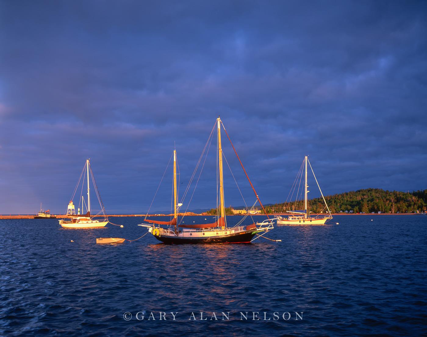 minnesota, lake superior, harbor, photo