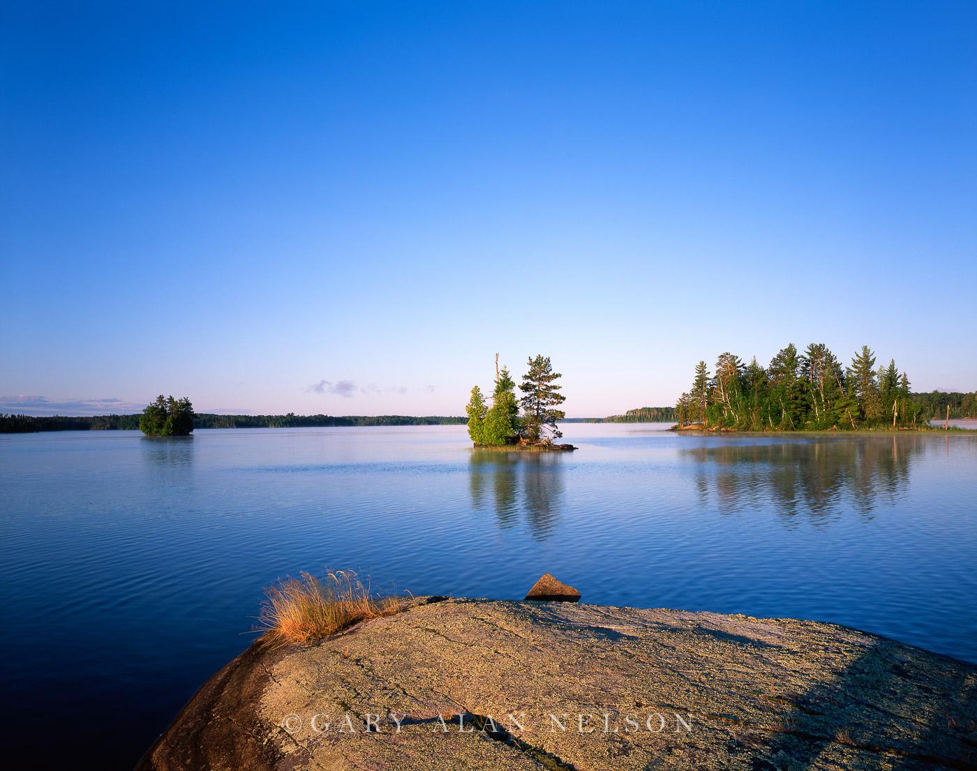 MN-04-94-BW Birch Lake and three islands, Northern Minnesota