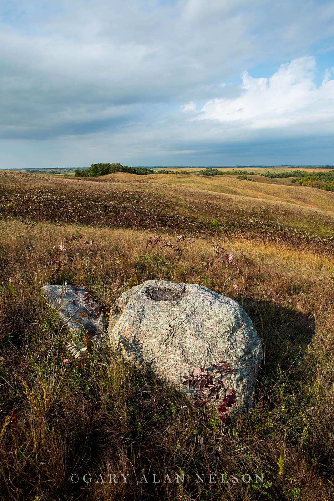minnesota, prairie, moraine, glacial, prairie grasses, glacial erratic, photo
