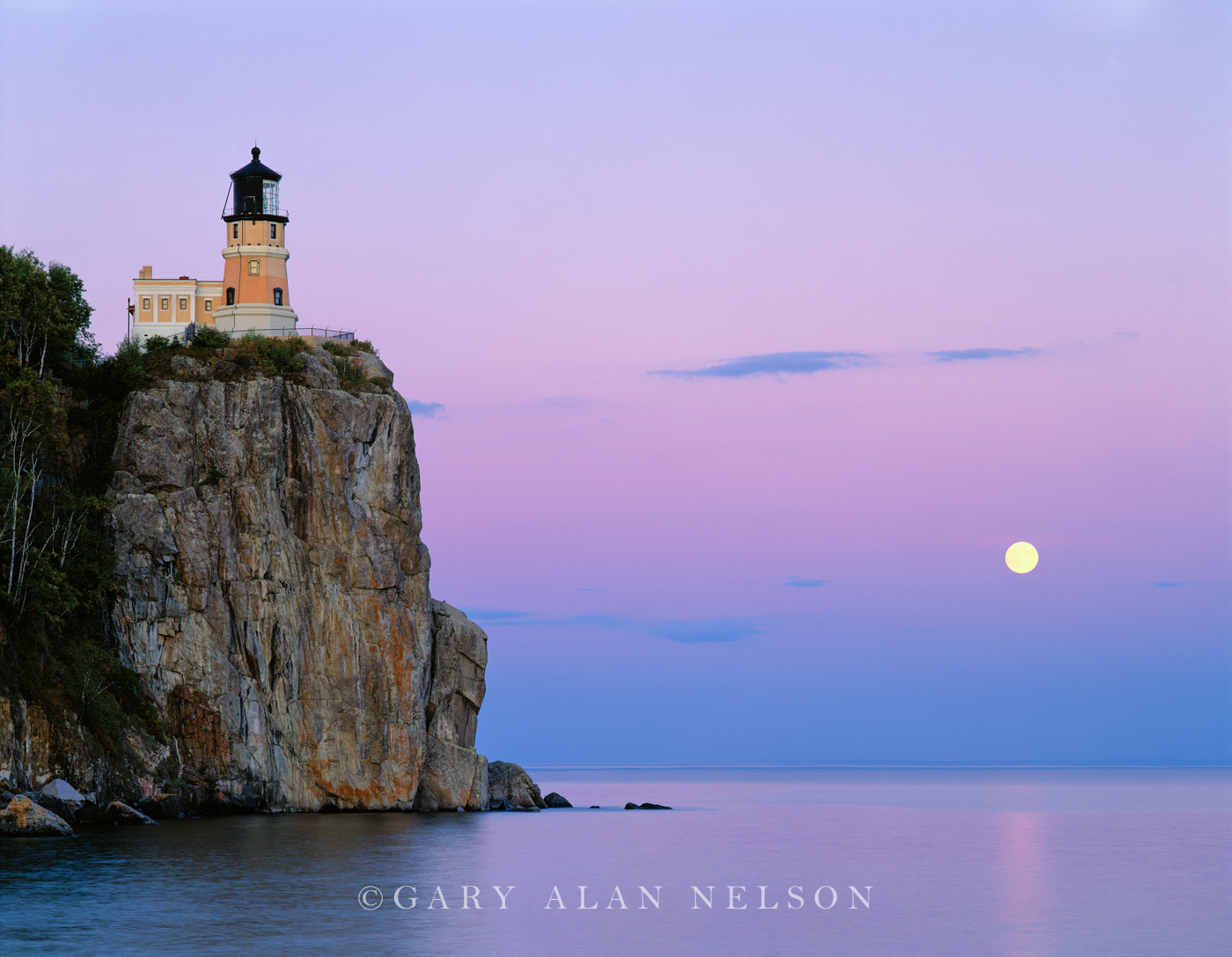 lighthouse, minnesota, lake superior, full moon, photo