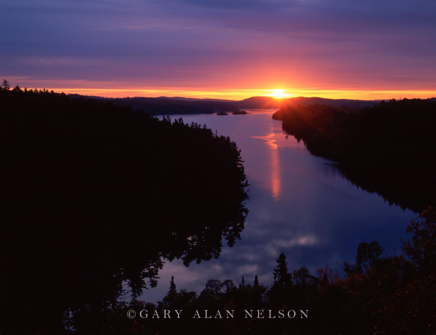 Sunrise,lake,minnesota,national forest, photo