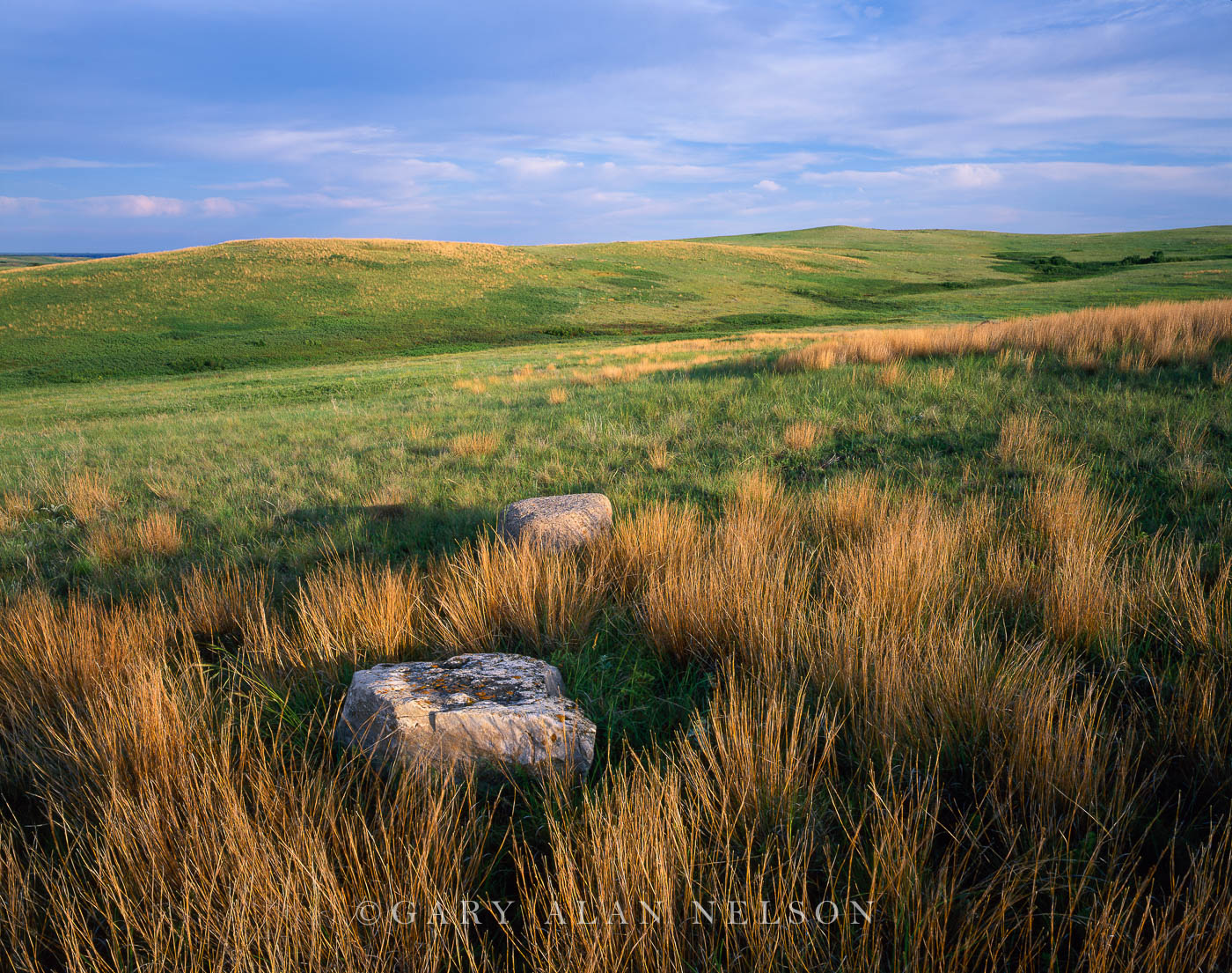 Little Missouri National Grasslands, North Dakota, glacial erratics, prairie, photo