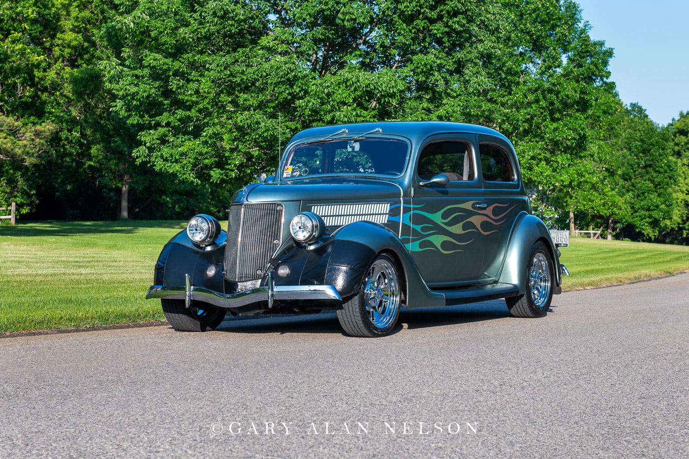 1936 Ford Humpback 2-Door Touring Sedan