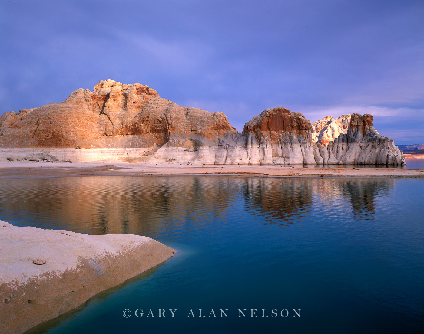Glen Canyon National Recreation Area, Utah, lake powell, wahweap bay, photo