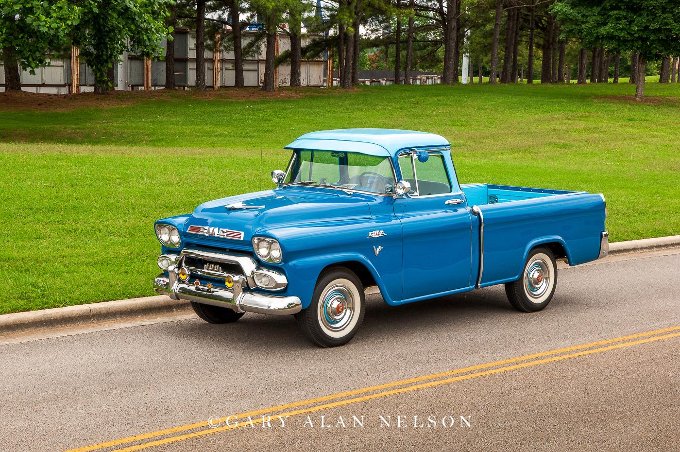 1959 GMC Suburban Pickup